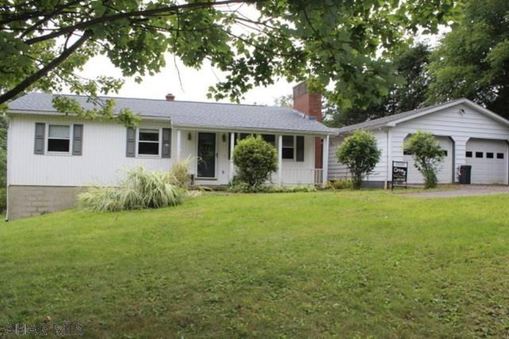 1757 ridge rd tyrone pa mls 48281 better homes and gardens real estate