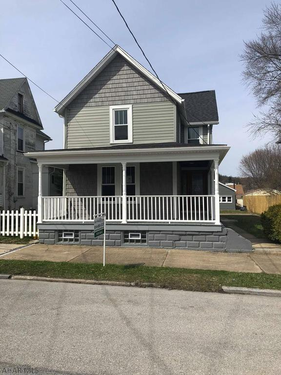 428 w 15th st tyrone pa mls 50209 better homes and gardens real estate