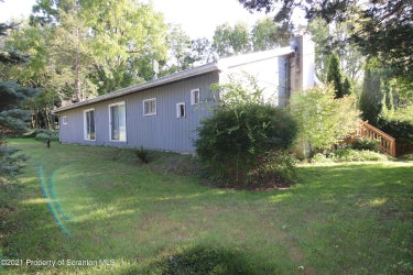 SFR located at 139 Rabbitt Hollow Rd