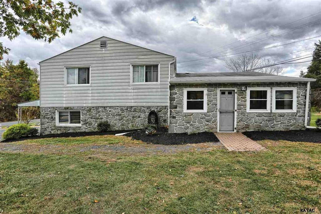 1395 twin lakes rd lewisberry pa mls 21612002 ziprealty