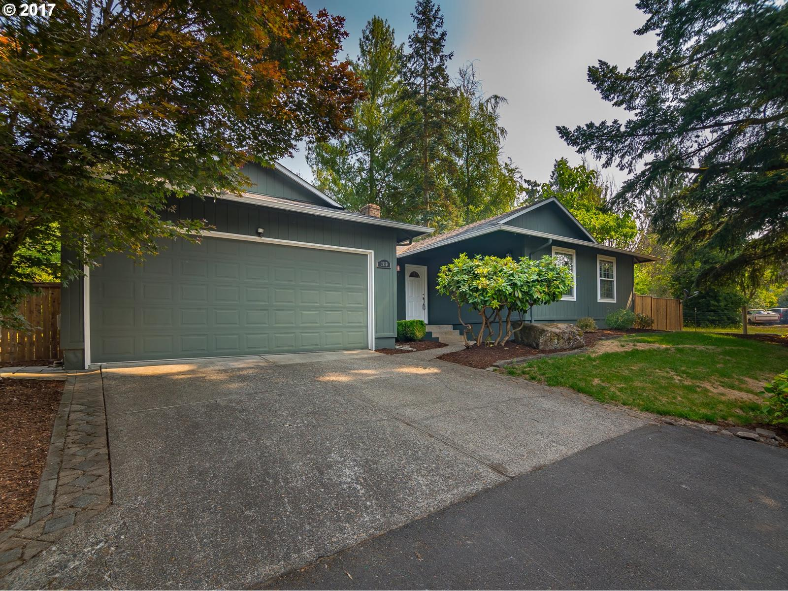 1950 Se Oak Shore Ln Milwaukie Or Mls 17143428 Better Homes And Gardens Real Estate