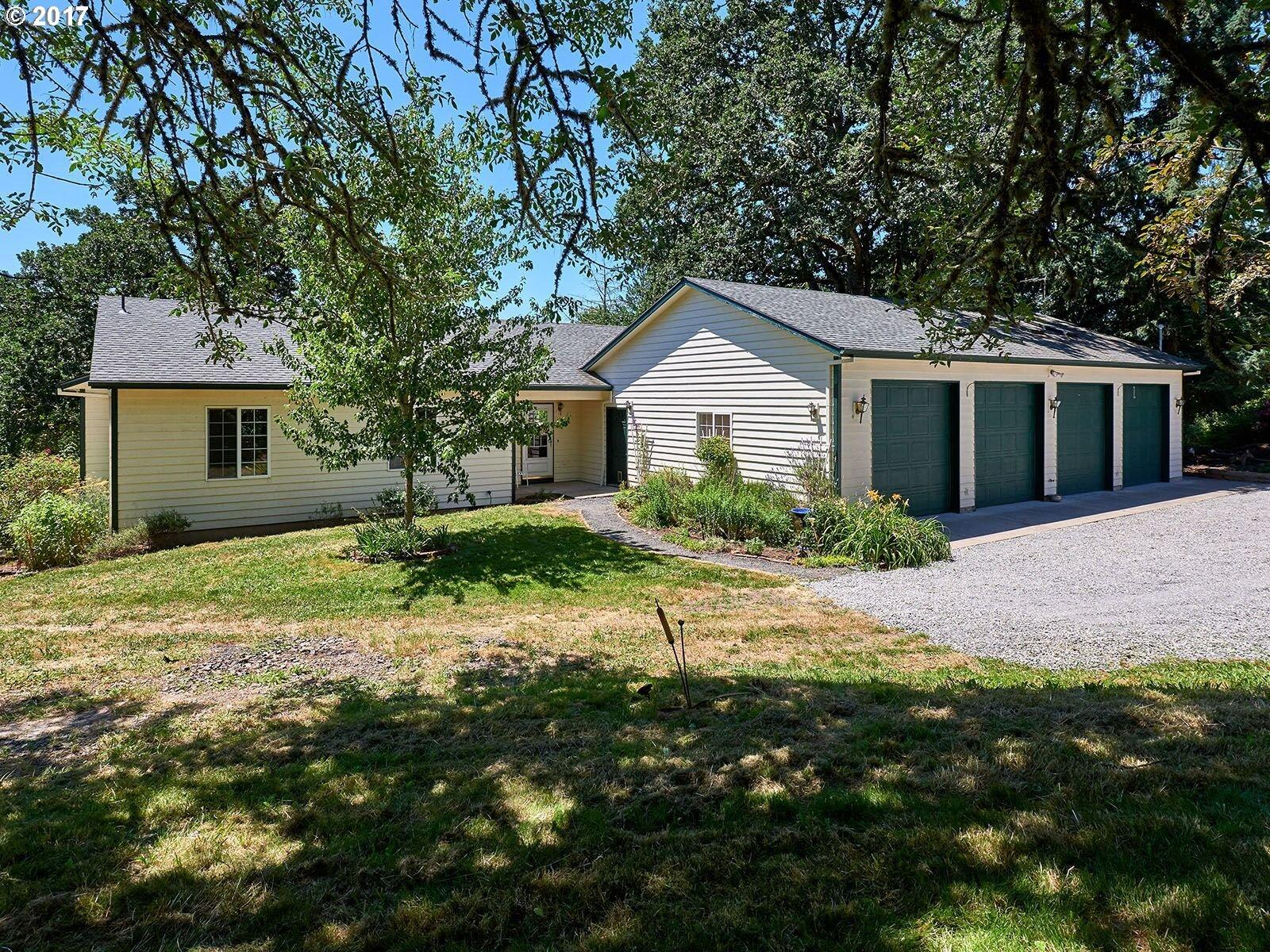 10494 S Comer Creek Dr Molalla Or Mls 17222938 Better Homes And Gardens Real Estate