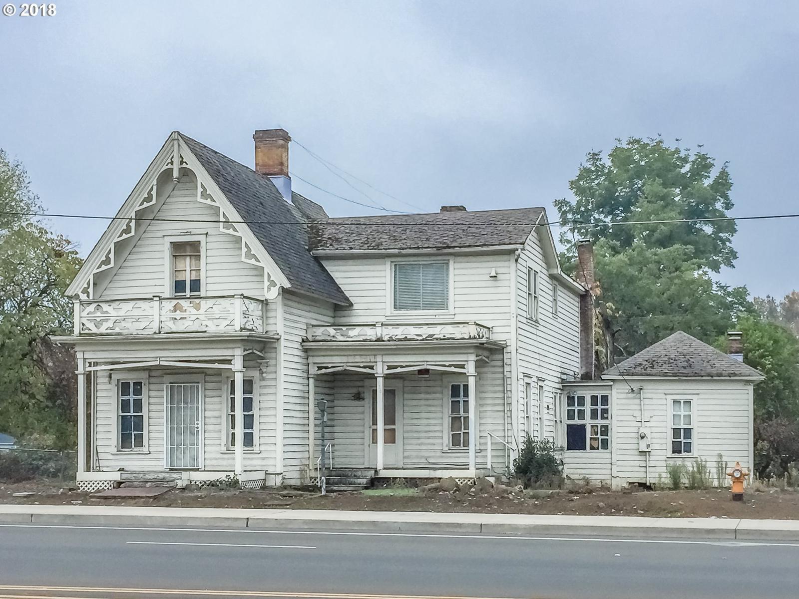 236 Se Stephens St Roseburg Or Mls 18272166 Century 21 Real Estate