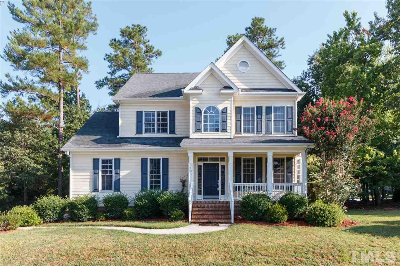 5104 dove forest ln apex nc mls 2137918 ziprealty for Farmhouse style homes for sale