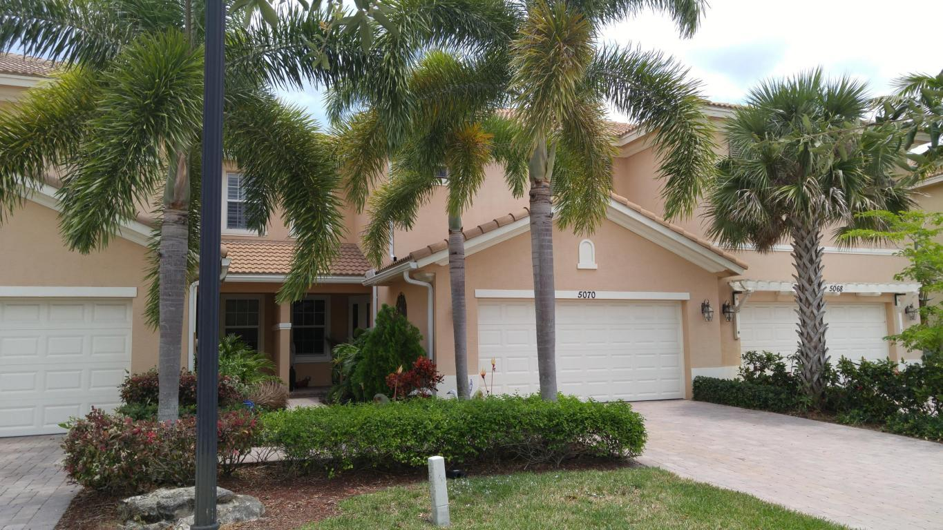 5070 Dulce Ct Palm Beach Gardens Fl Mls Rx 10335376 Better Homes And Gardens Real Estate