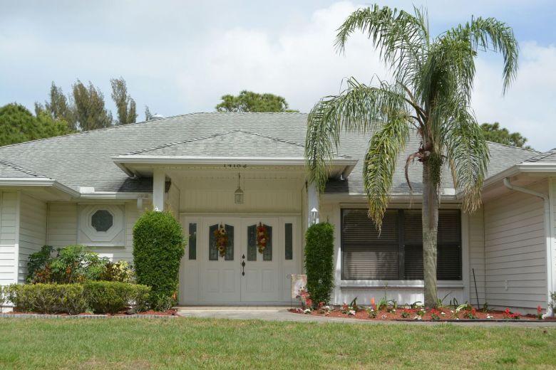14182 64th Dr N West Palm Beach Fl Mls Rx 10345401 Coldwell Banker