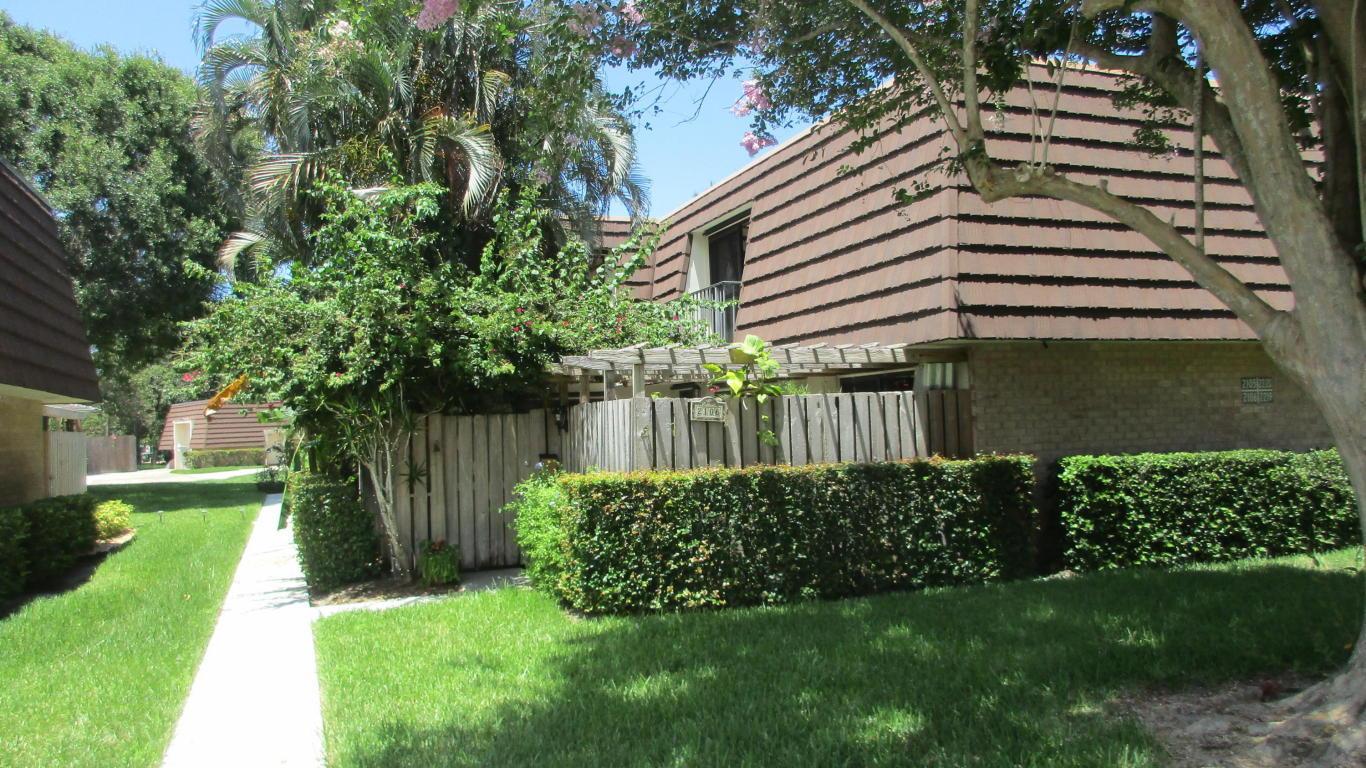 2106 21st Ln Palm Beach Gardens Fl Mls Rx 10345780 Coldwell Banker