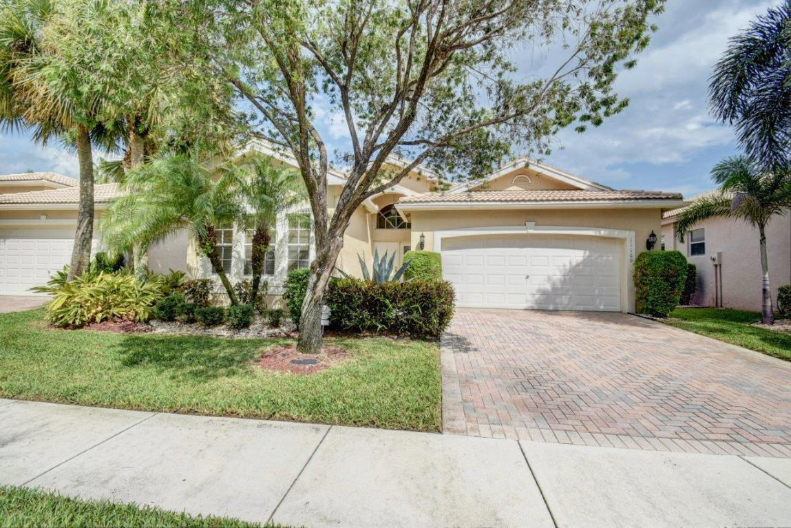 Valencia Isles Homes For Sale