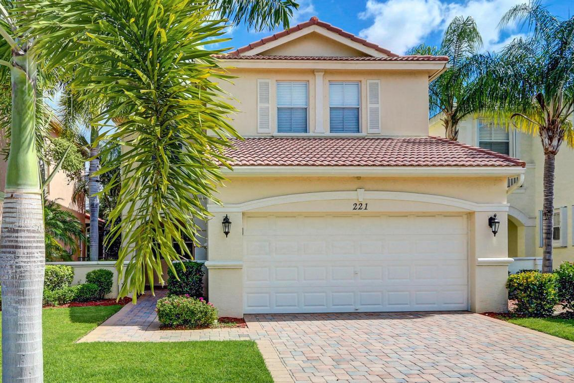 221 Isle Verde Way, Palm Beach Gardens, FL — MLS# RX_10368913 ...