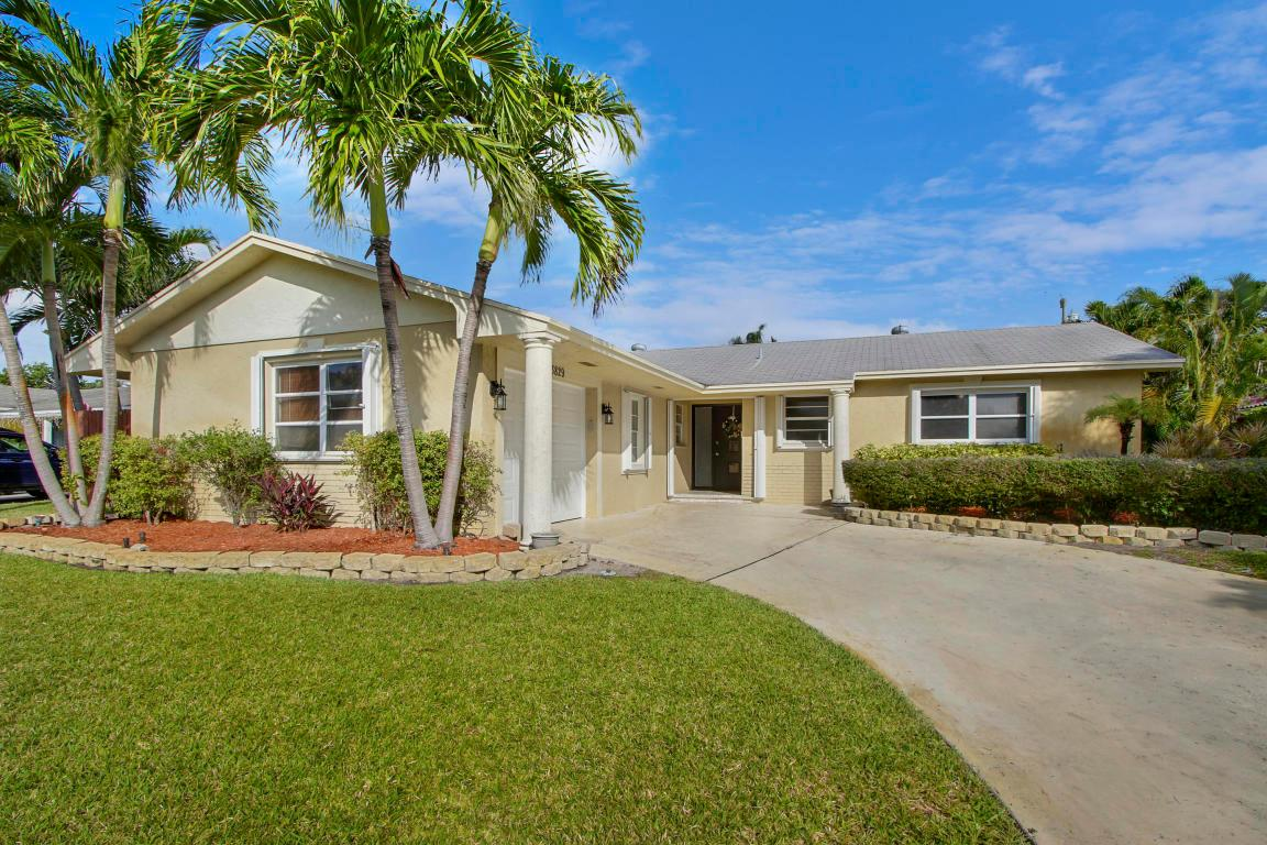 3829 Bluebell St Palm Beach Gardens Fl Mls Rx 10391352 Better Homes And Gardens Real Estate