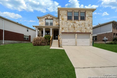 SFR located at 15619 Robin Feather