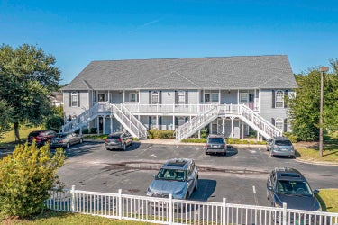 CND located at 164 Westhaven Dr. #15F
