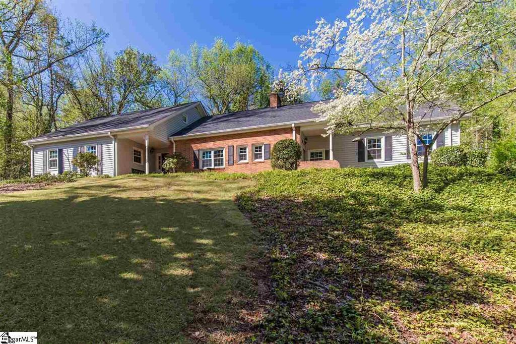 305 sweetbriar rd greenville sc mls 1344615 better for Sweetbriar garden homes