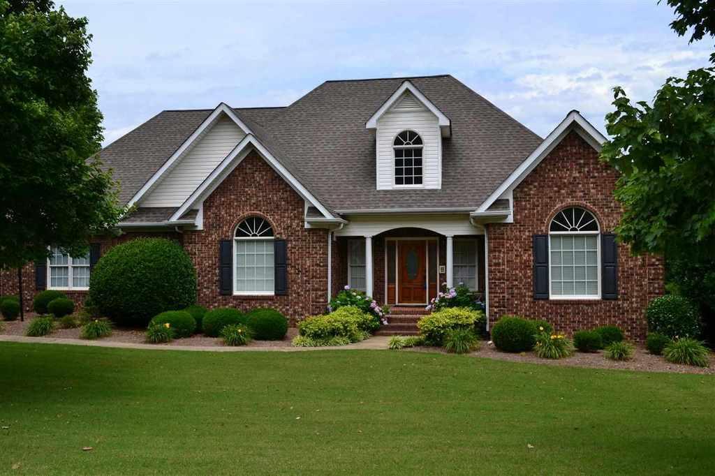 Darrelene Shaw Of Better Homes And Gardens Real Estate