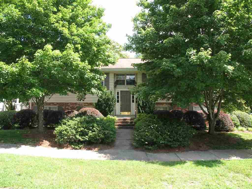 695 Maple St Spartanburg Sc Mls 244141 Better Homes