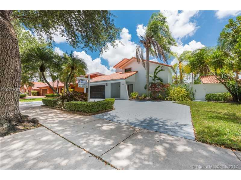 Royal Oaks Miami Lakes Homes For Sale