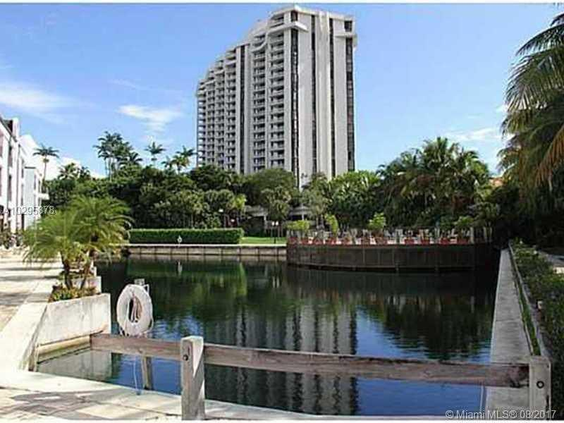 2000 towerside ter 903 miami fl mls a10295878 for 2000 towerside terrace miami fl