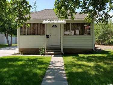 SFR located at 454 S 400 W