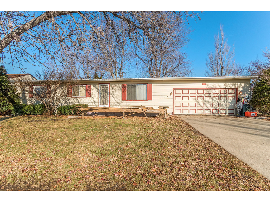 Local Real Estate Homes For Sale Marshalltown Ia Coldwell Banker