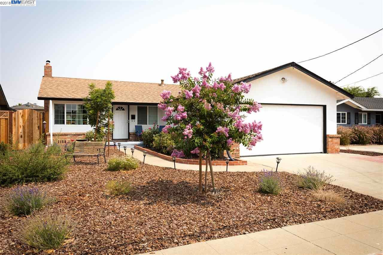 1330 Balboa Way, Livermore, CA — MLS# 40834444 — Better Homes and ...