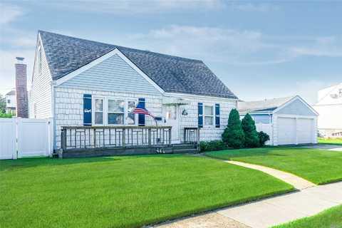 Real Estate Listings & Homes for Sale in Oceanside, NY — ERA