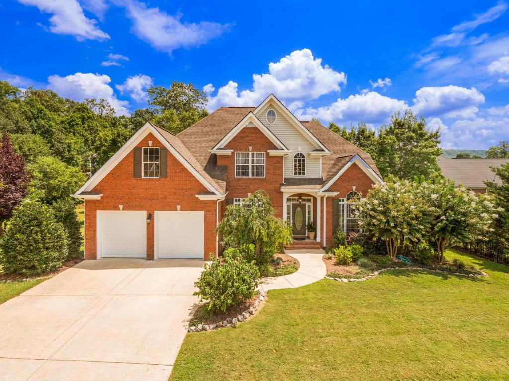 3240 Ripplin Run Ln Ooltewah Tn Mls 1268923 Better Homes And Gardens Real Estate