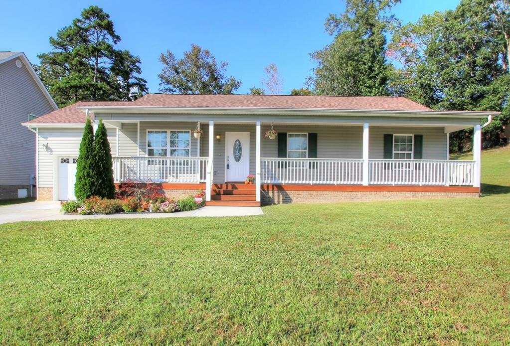 1003 Falcon Run Dr Soddy Daisy Tn Mls 1270701 Better Homes And Gardens Real Estate