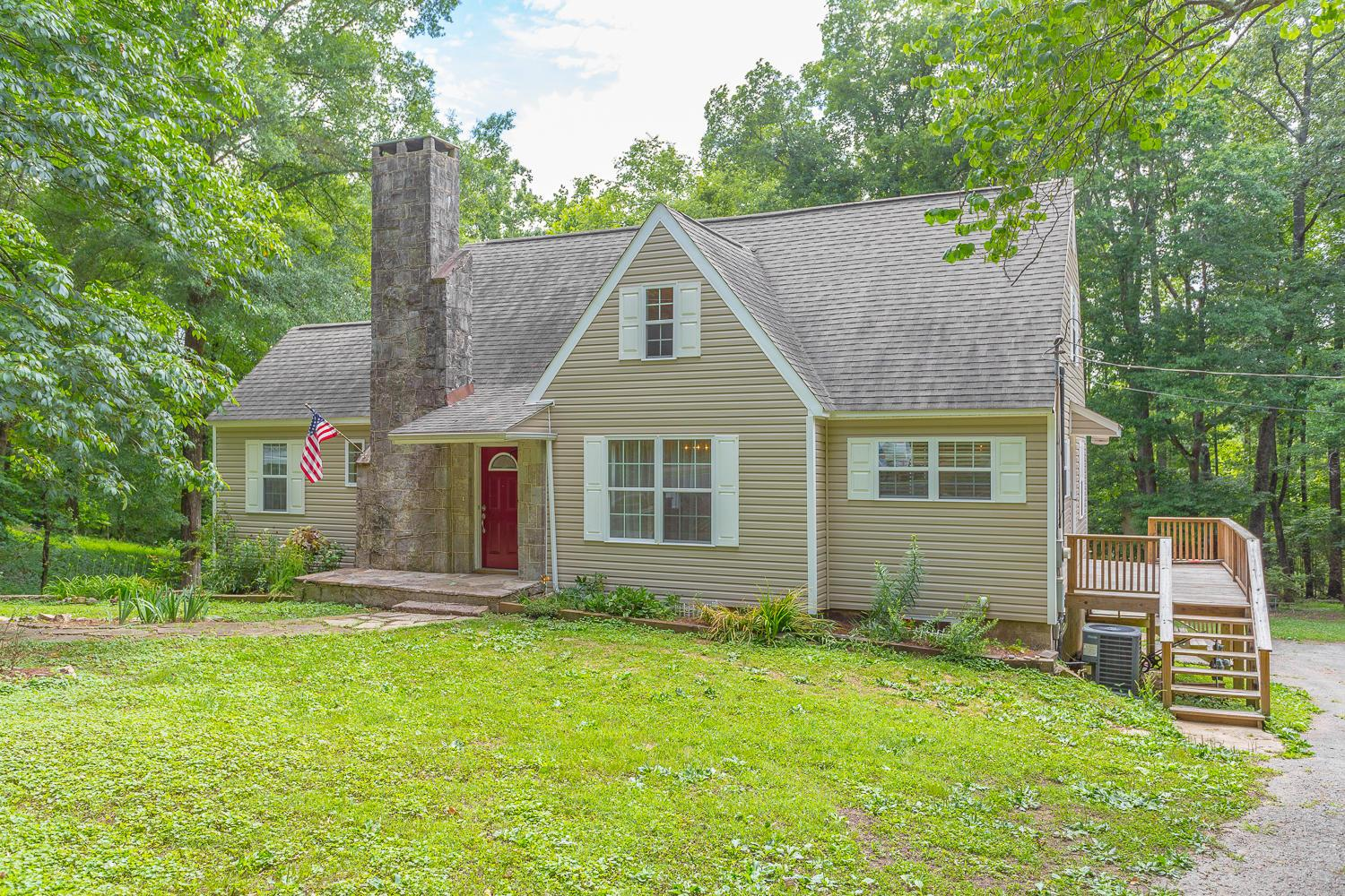 Local Lafayette Ga Real Estate Listings And Homes For Sale Bhgre