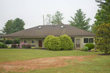 SFR located at 750 Patterson Rd