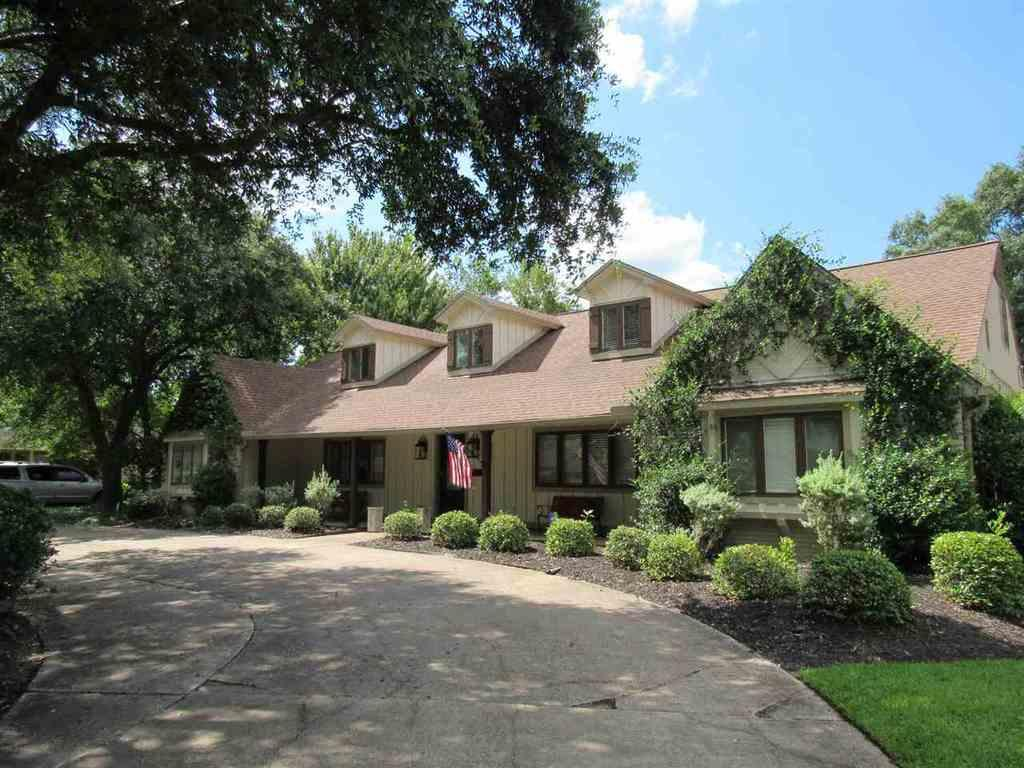 5880 Gladys Ave Beaumont Tx Mls 190168 Coldwell Banker