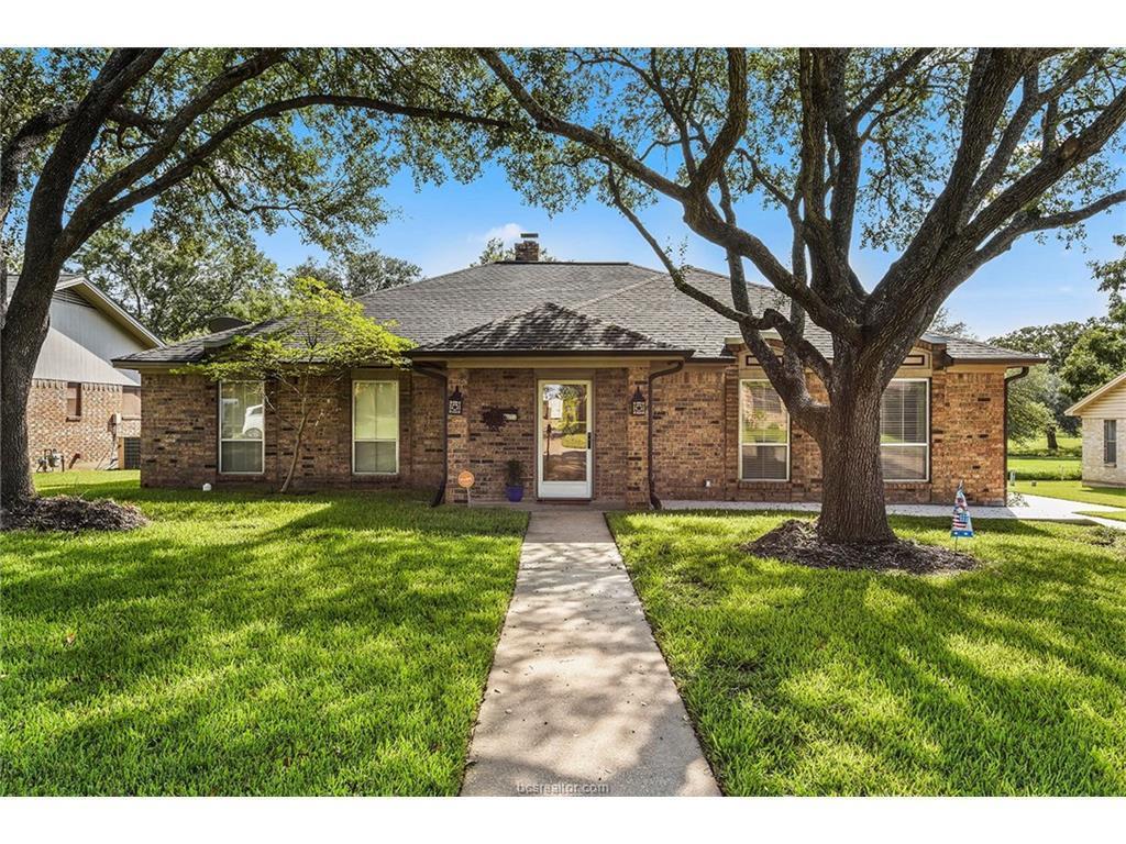 2603 Arbor Dr Bryan Tx Mls 17014355 Better Homes