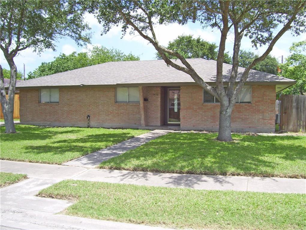 1650 W Manor Dr Corpus Christi Tx Mls 313287 Better Homes And Gardens Real Estate