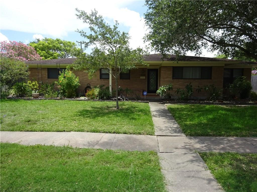 905 Coral Pl Corpus Christi Tx Mls 319666 Better Homes And Gardens Real Estate