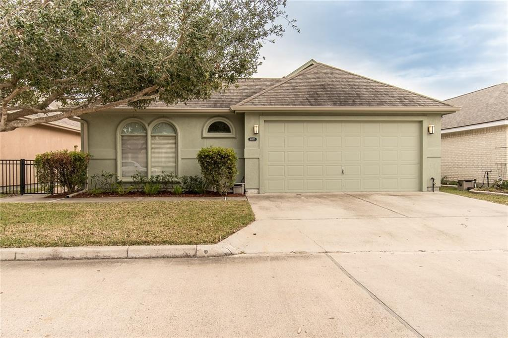 6017 Garden Ct Corpus Christi Tx Mls 325365 Better Homes And Gardens Real Estate