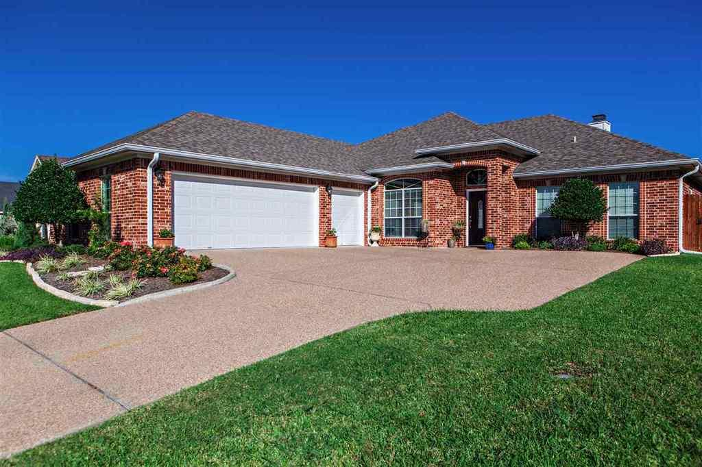22 n shore cir waco tx mls 167505 era for Home builders waco tx