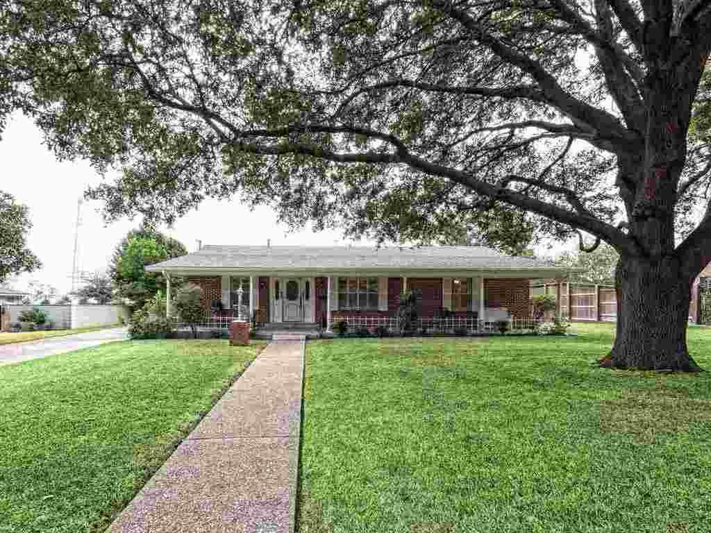 3710 austin ave waco tx mls 167546 era for Home builders waco tx