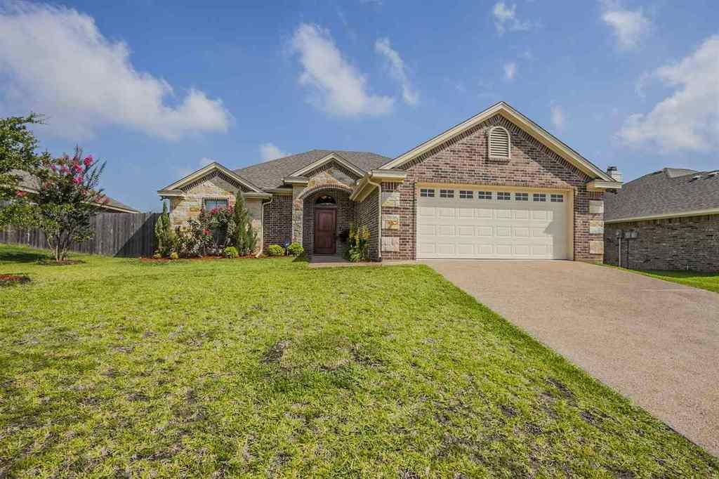 10005 adobe ct waco tx mls 170523 better homes and for Adobe home builders texas