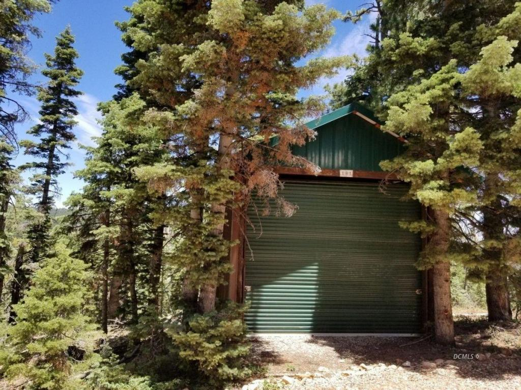 duck creek village hindu single men The lodge at duck creek is located in the world renowned vacation destination of duck creek village, utah our community features soul freeing views, uplifting scenery, and rejuvenating activities duck creek village is the heart of the cedar mountains, which makes the lodge your premier destination.