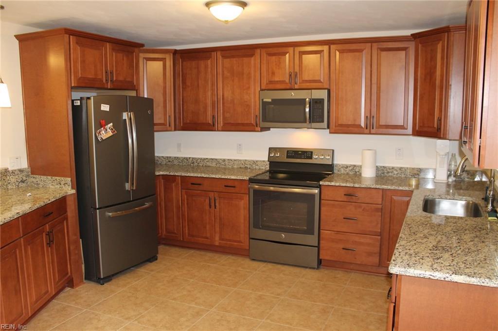 Homes For Sale In Thalia Manor Virginia Beach