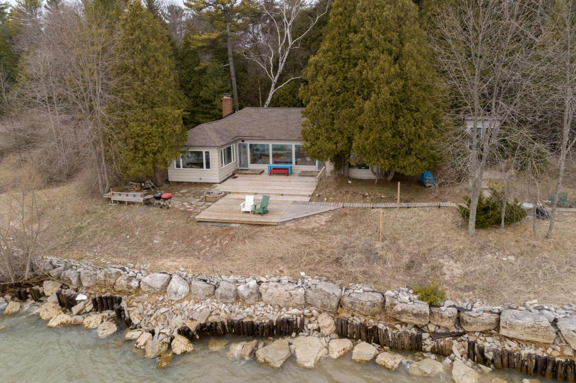 Local Real Estate: Homes for Sale — Oostburg, WI — Coldwell Banker