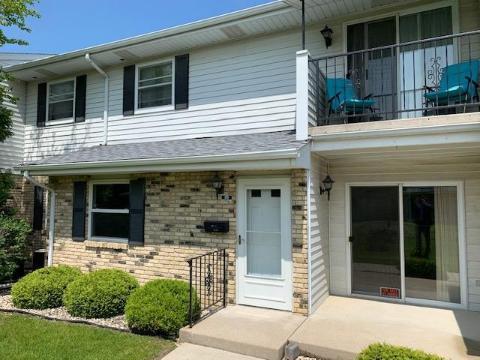 Kenosha Condos for Sale — Kenosha Townhomes — CENTURY 21 Real Estate