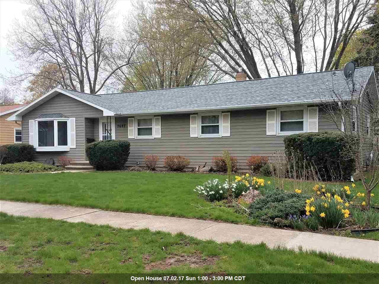 2607 oakwood ct appleton wi mls 50162610 century 21 for Home builders appleton wi