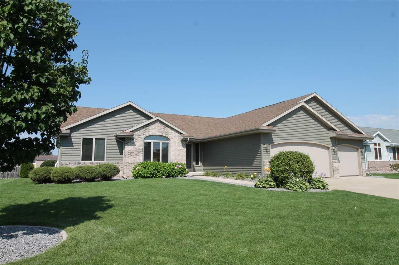 Janesville wi real estate homes for sale in janesville wi for Wi home builders