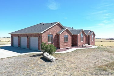 SFR located at 1551 Horse Creek Rd