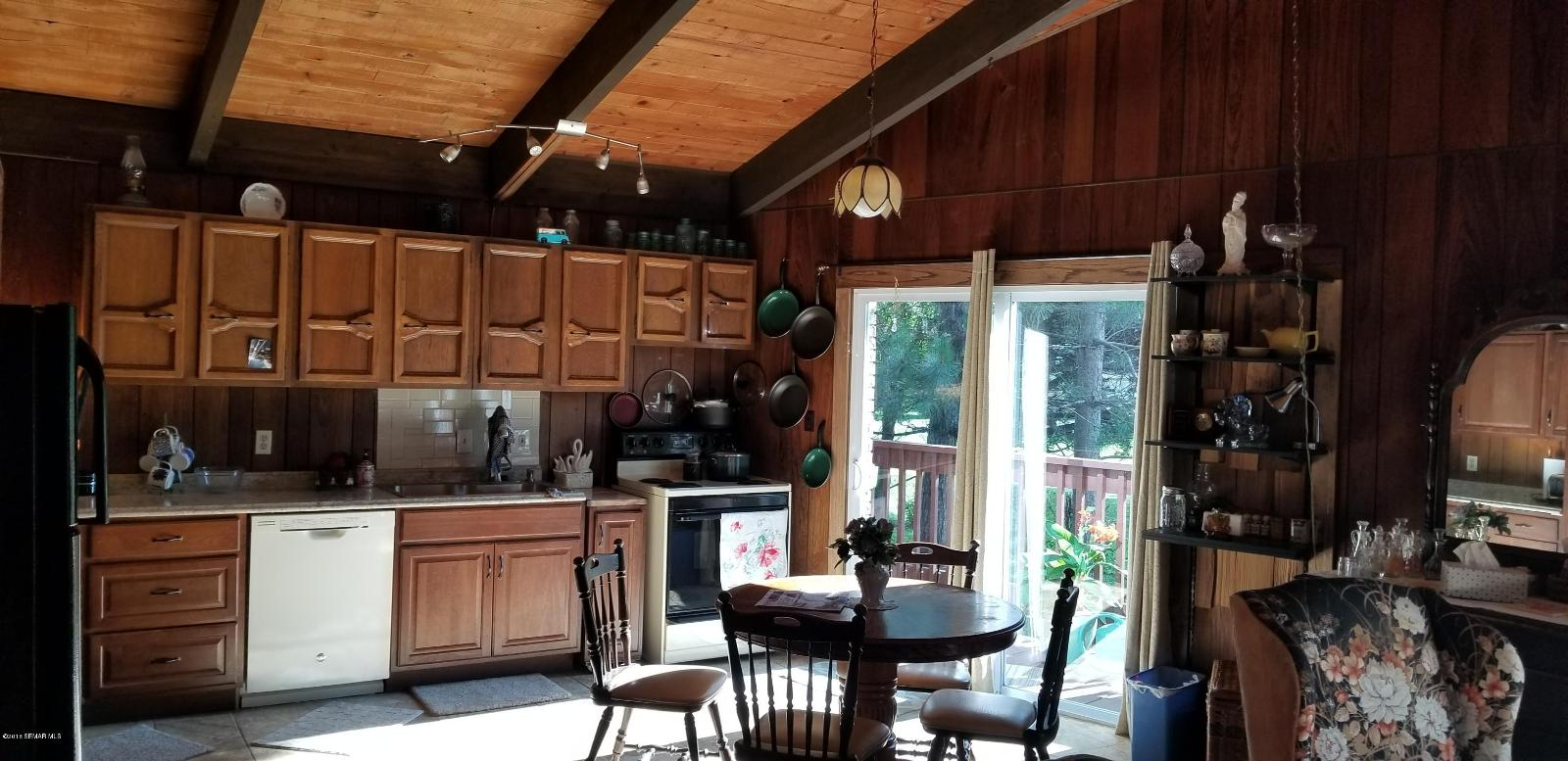 1801 25th st sw austin mn mls 4091347 coldwell banker